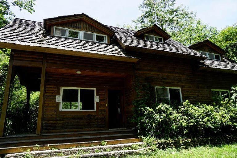 廢棄小木屋