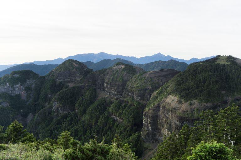 中霸尖山東邊風景