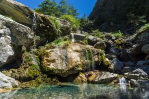 大濁水南溪11米瀑布